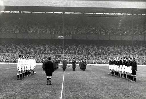 16. England  XV v Scotland XV Victory International 1946 small