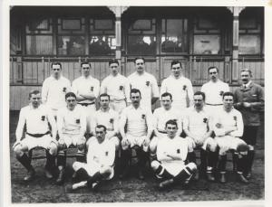 England (v France), 1907. Lambert is standing, back-row, third from left.