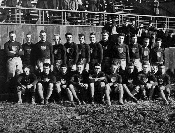 USA team v Australia, 1912. Frank Gard, 6th from left in back row.
